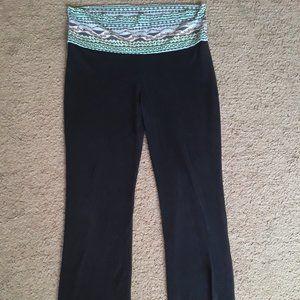 Rue 21 XL Geometric tribal Print black yoga pants
